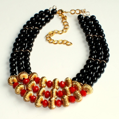 make statement necklaces