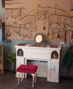 london-jewellery-school-blog-jewellery-display-tree-branches