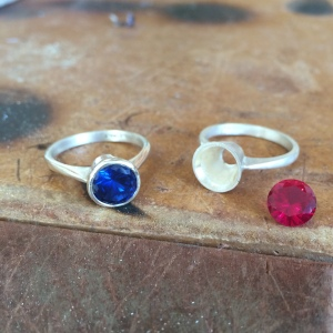 london-jewellery-school-jewellery-making-stone-setting-course-collet setting