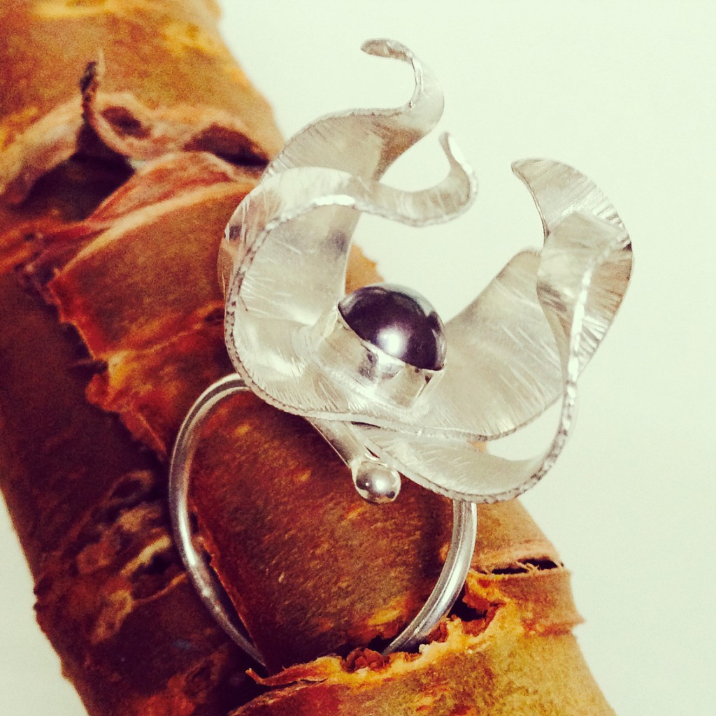london-jewellery-school-blog-diploma-graduate-george-galula-fold-formed-silver-pearl-ring