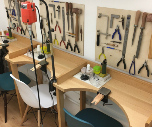 london-jewellery-school-blog-dedicated-private-tuition-workspace