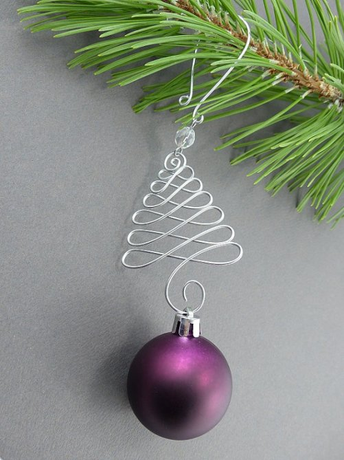 london-jewellery-school-wire-christmas-decorations-festive-jewellery