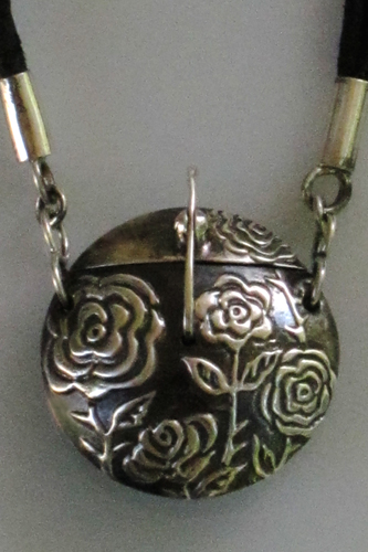 london-jewellery-school-precious-metal-clay-locket-terry-kovalcik