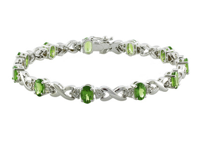 green-diamond-bracelet-pantone-2017-greenery-london-jewellery-school