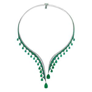 vanleles-choker-emerald-london-jewellery-school-pantone-2017-greenery