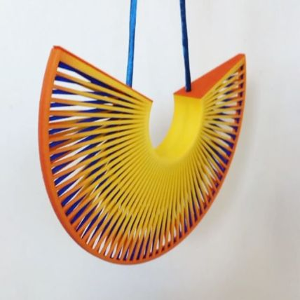 Fan neckpiece