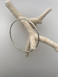 leonie-marks-bangle-london-jewellery-school-diploma-in-silver-jewellery
