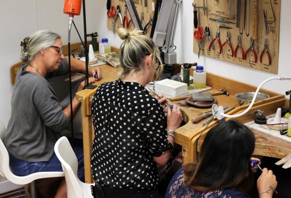 Advanced-Diploma-in-Creative-Jewellery-at-the-London-Jewellery-School
